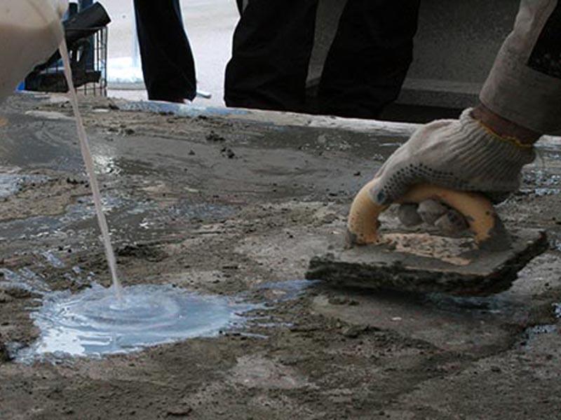 Заделка крупных пор и каврн в бетоне