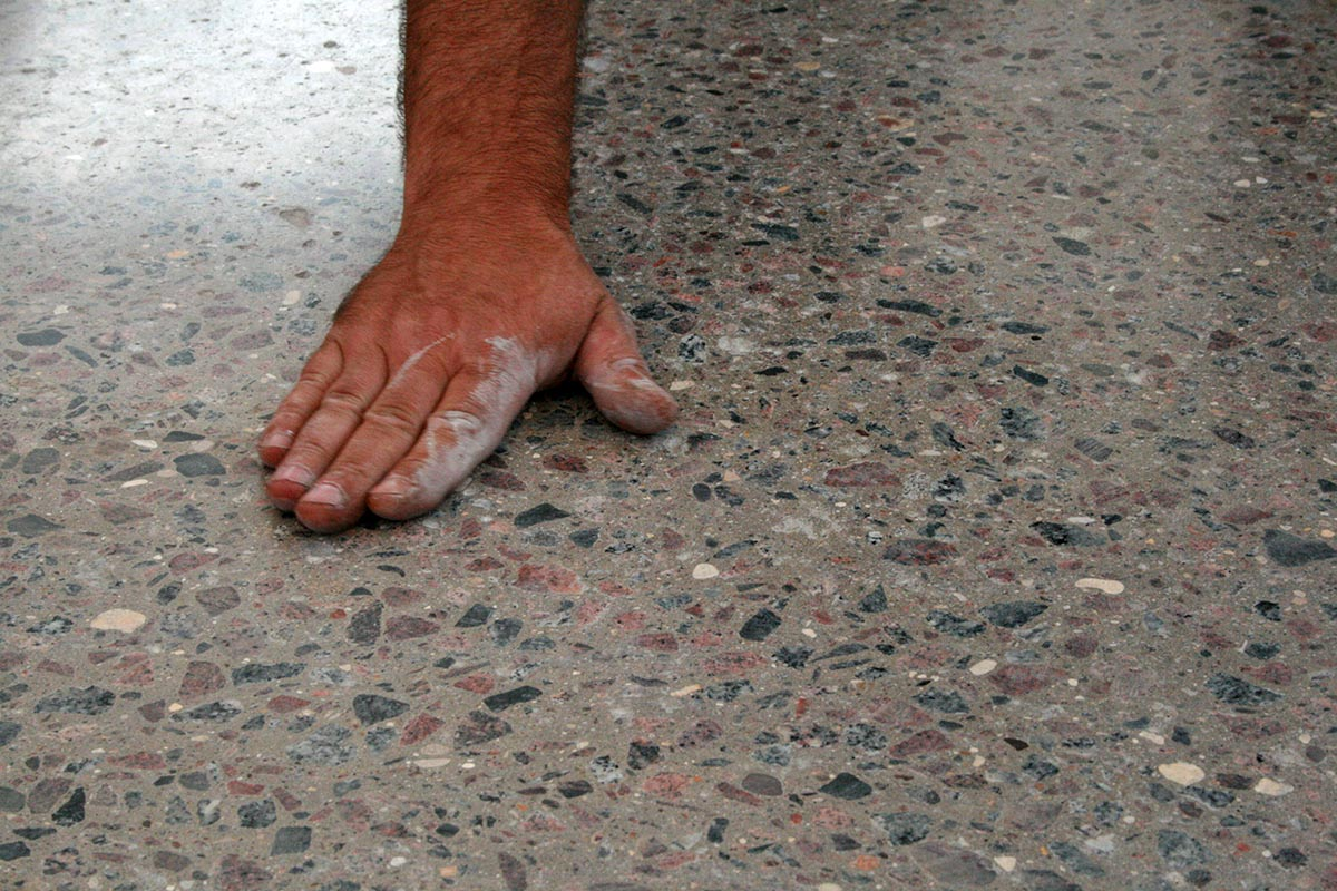 Шлифовка и полировка бетонных полов