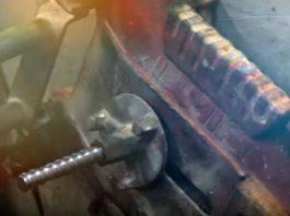 Крепление сверлильной машины с помощью анкера